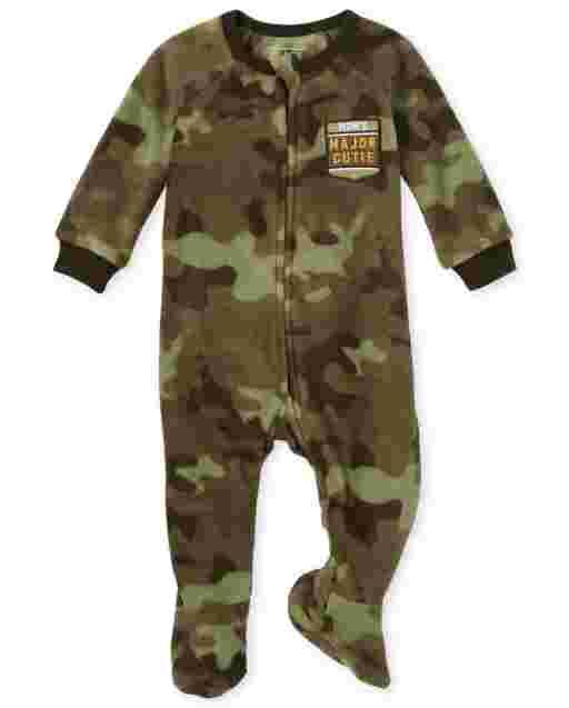 Pijamas de una pieza de manga larga para bebés y niños pequeños ' Mom ' s Major Cutie ' Camo Fleece Footed