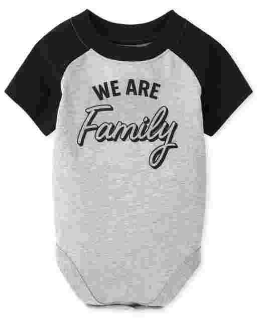 Body de manga corta unisex para bebé a juego con la familia ' We Are Family '