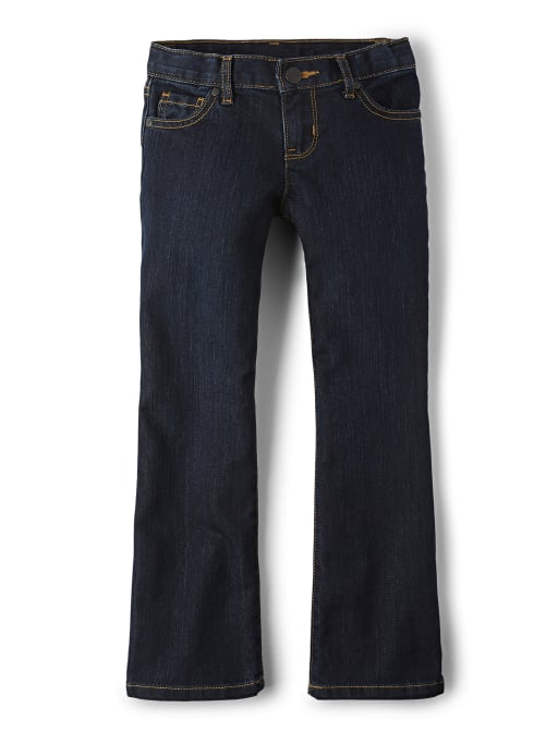 Jeans básicos con corte de botas para niñas