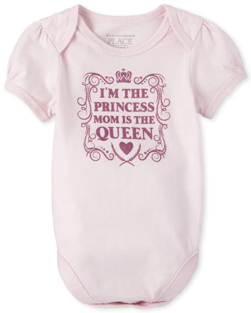 Baby Girls Short Sleeve Glitter 'I'm The Princess Mom Is The Queen' Graphic Bodysuit