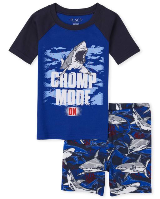 Manga corta de raglán corta para niños que brillan en la oscuridad ' Modo Chomp en ' pijama de algodón Shark Snug Fit