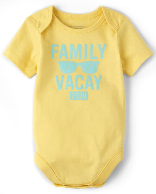 Unisex Baby Matching Family Short Sleeve 'Family Vacay 2020' Graphic Bodysuit
