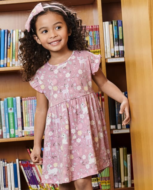Vestido babydoll de punto con estampado floral de unicornio y manga corta con volantes para bebés y niñas pequeñas