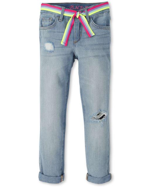 Jeans Girlfriend de mezclilla desgastados con cinturón para niñas