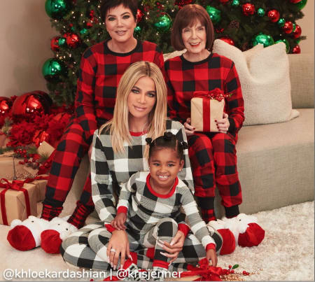 MATCHING FAMILY PJS 40% OFF